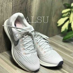 NWT Nike Zoom Pegasus 34 Light Bone AUTHENTIC
